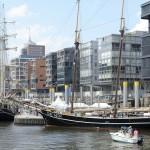Foto ID 2015041806 Segelschiffe im Sandtorhafen (Traditionsschiffhafen) in der HafenCity Hamburg