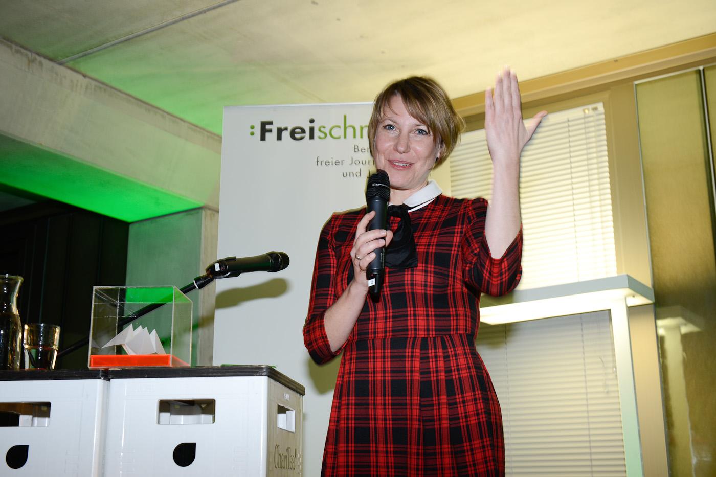 Moderatorin Kathrin Hartman