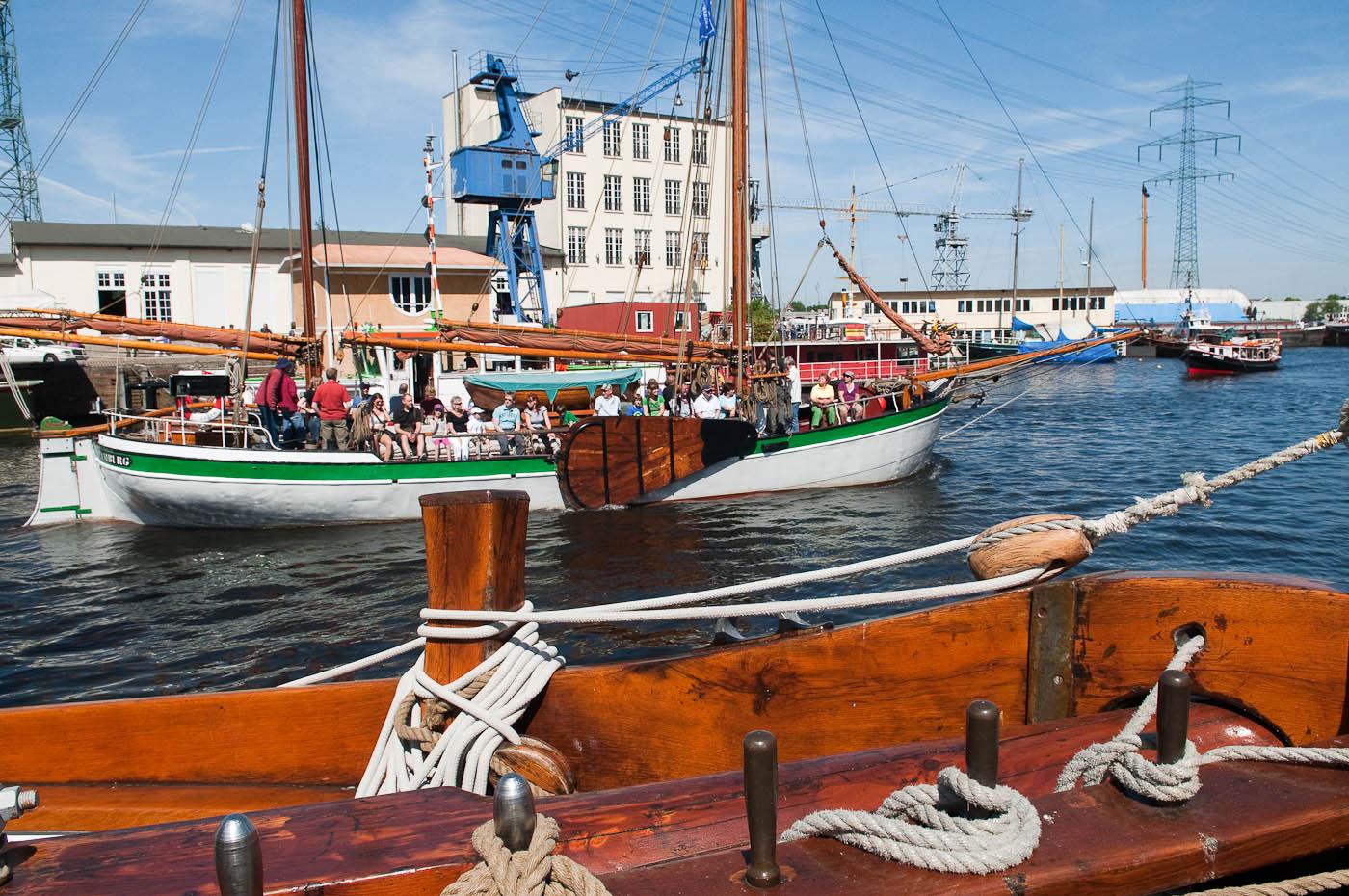 Foto ID 2015041703 Segelschiffe Harburg Hafen