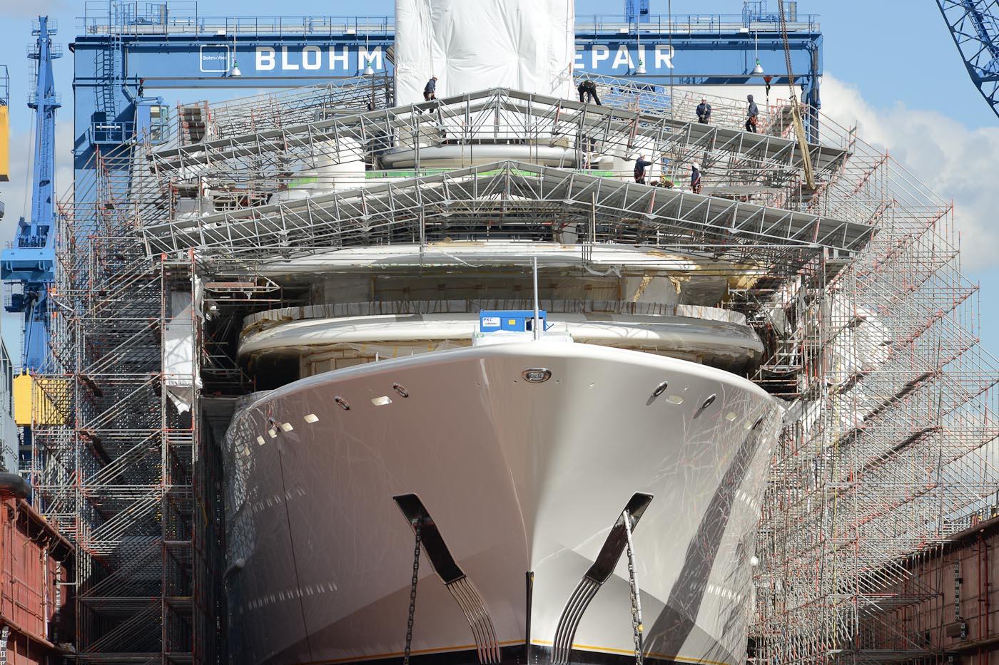 Foto ID 2015041709 Dock 10 Blohm + Voss Hafen Hamburg