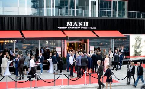 Foto ID 15090303 Eröffnung MASH Steak GmbH