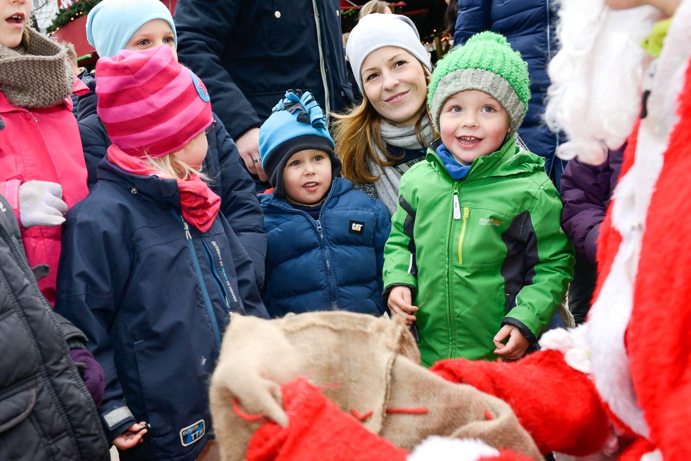 Foto ID 15120602 Nikolaus Weihnachtsmarkt Eppendorf