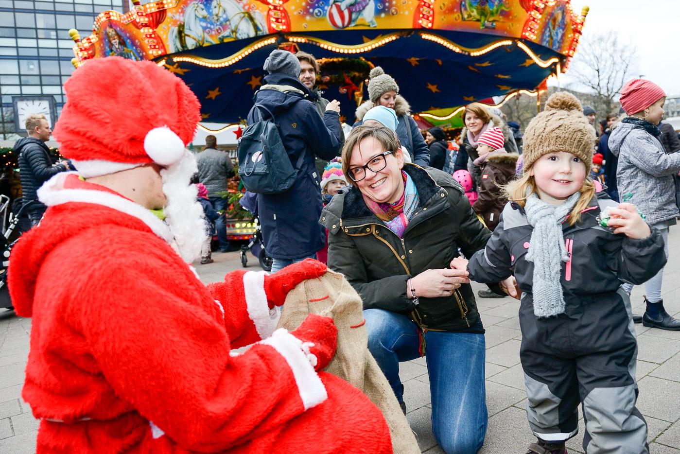 Foto ID 15120601 Nikolaus Weihnachtsmarkt Eppendorf